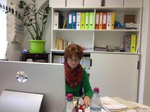 Birgit Themann, Sekretärin